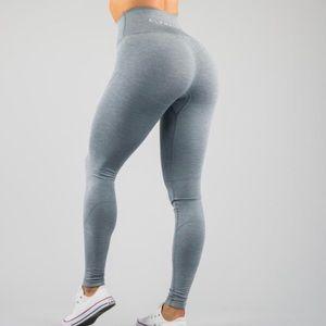 Alphalete revival leggings in cool grey